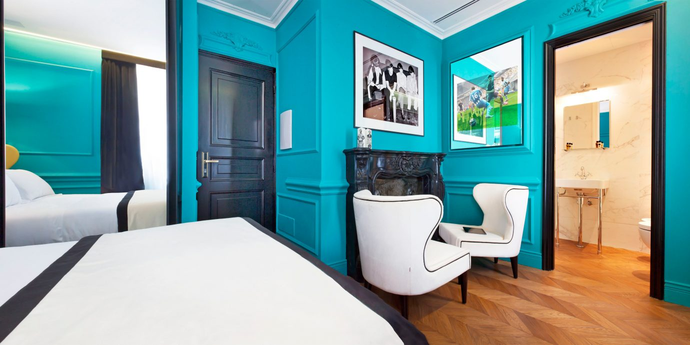 Adult-only Bedroom Boutique Budget City Hip property Suite living room home condominium colored