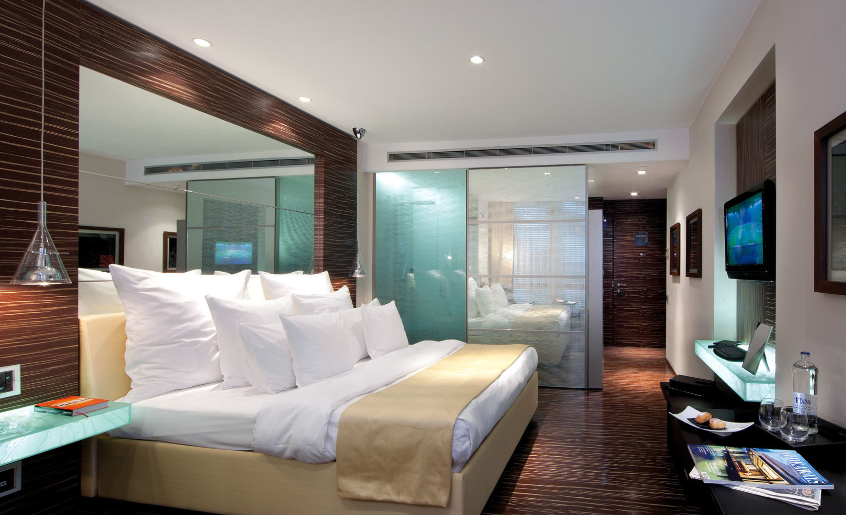 Adult-only Bedroom Boutique Modern Waterfront sofa property condominium living room Suite home Villa cottage mansion flat