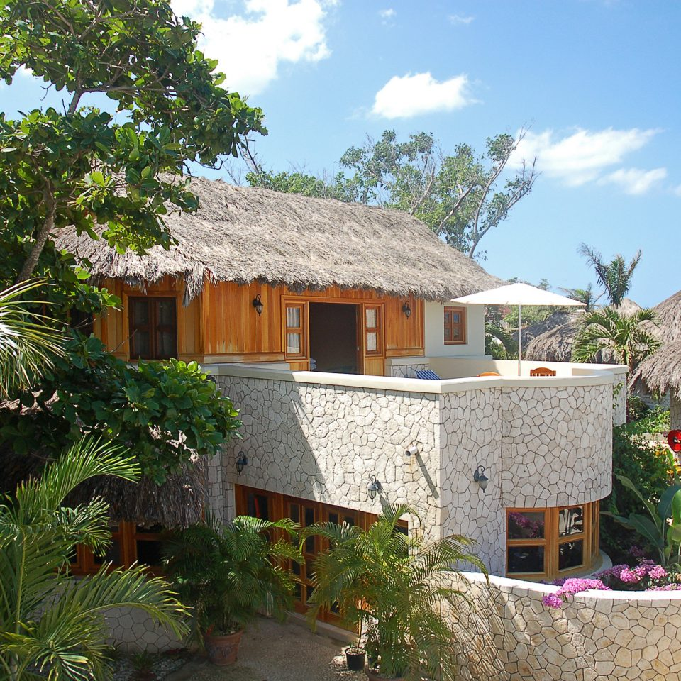 Adult-only Deck Grounds Spa Wellness sky tree property Resort house Villa home cottage Village stone eco hotel Garden