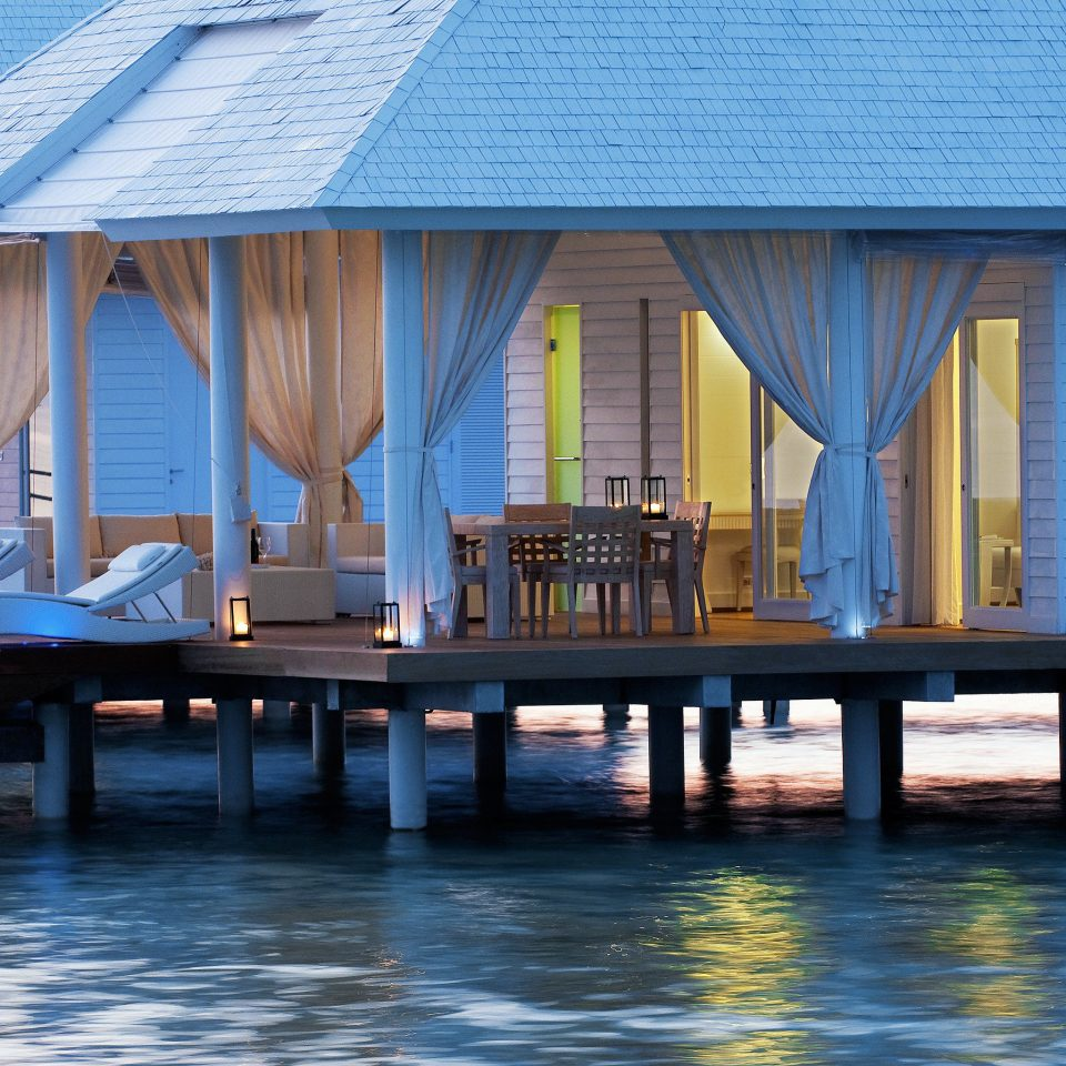 Adventure All-inclusive Beachfront Deck house home Architecture Resort dock boathouse swimming pool