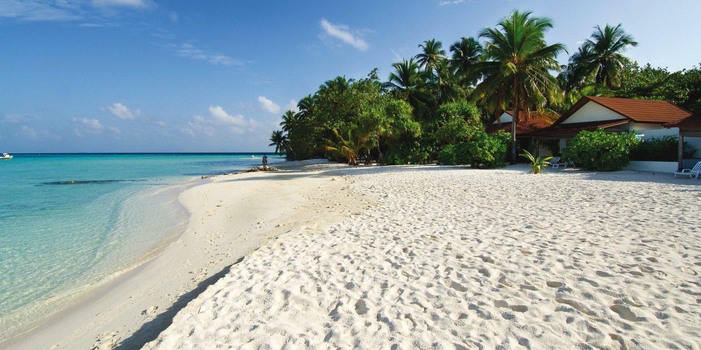 Adventure All-inclusive Beach Beachfront Play Scenic views sky Nature shore Sea Ocean caribbean Coast sand Resort Lagoon Island tropics sandy day