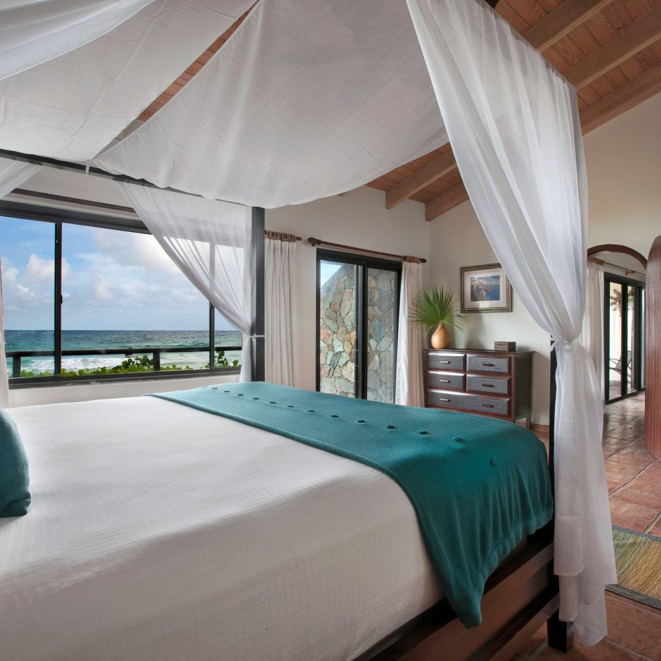 Adventure Beach Beachfront Bedroom Honeymoon Luxury Scenic views property Resort Villa Suite cottage lamp