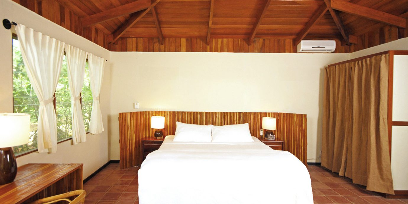 Adventure Beach Beachfront Bedroom Eco Hotels Resort Rustic Wellness property building cottage Suite Villa