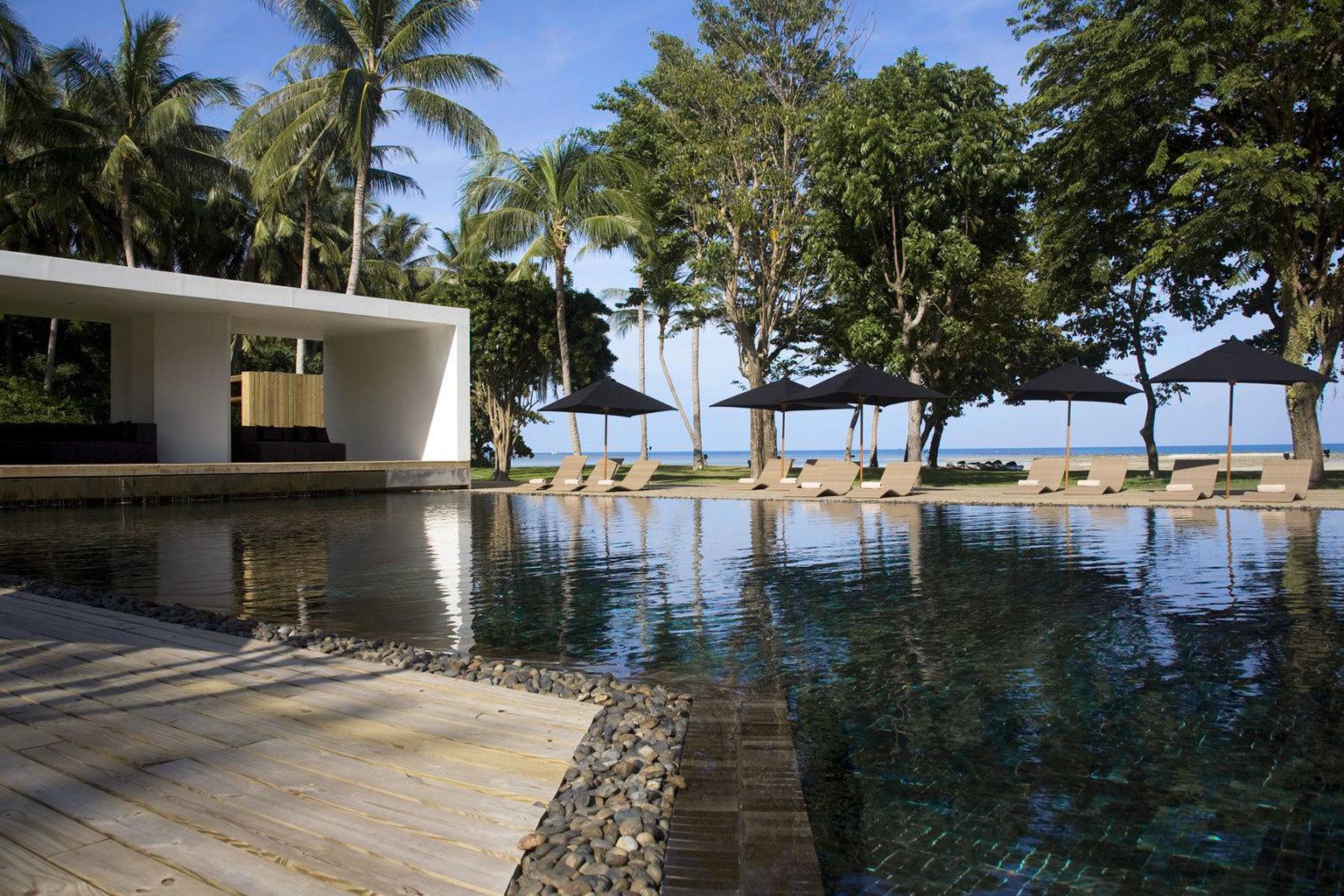 Adventure Beach Beachfront Lounge Ocean tree property swimming pool house Resort home Villa dock backyard marina