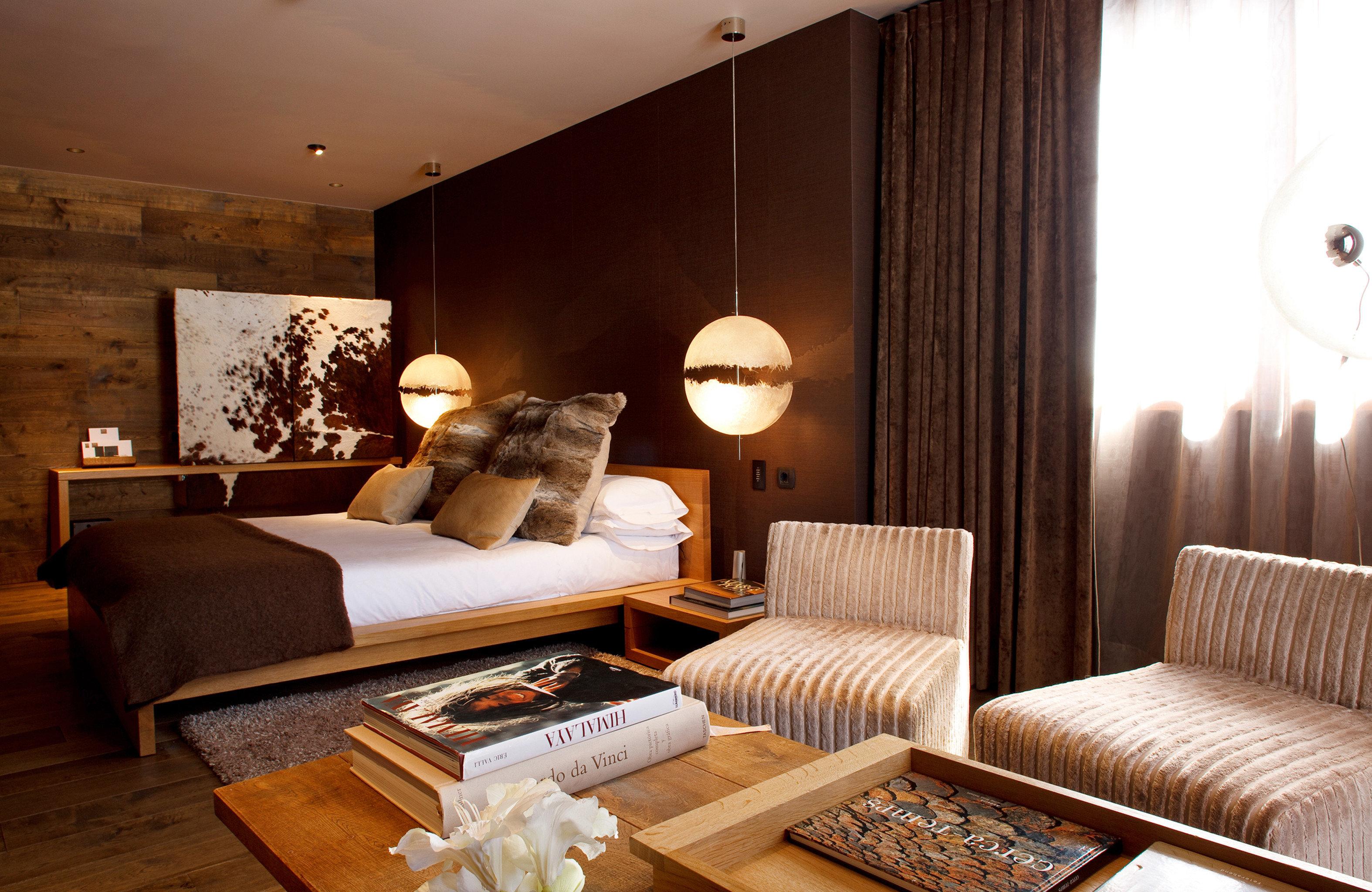 Adventure Bedroom Lodge Resort Rustic property living room Suite home hardwood cottage