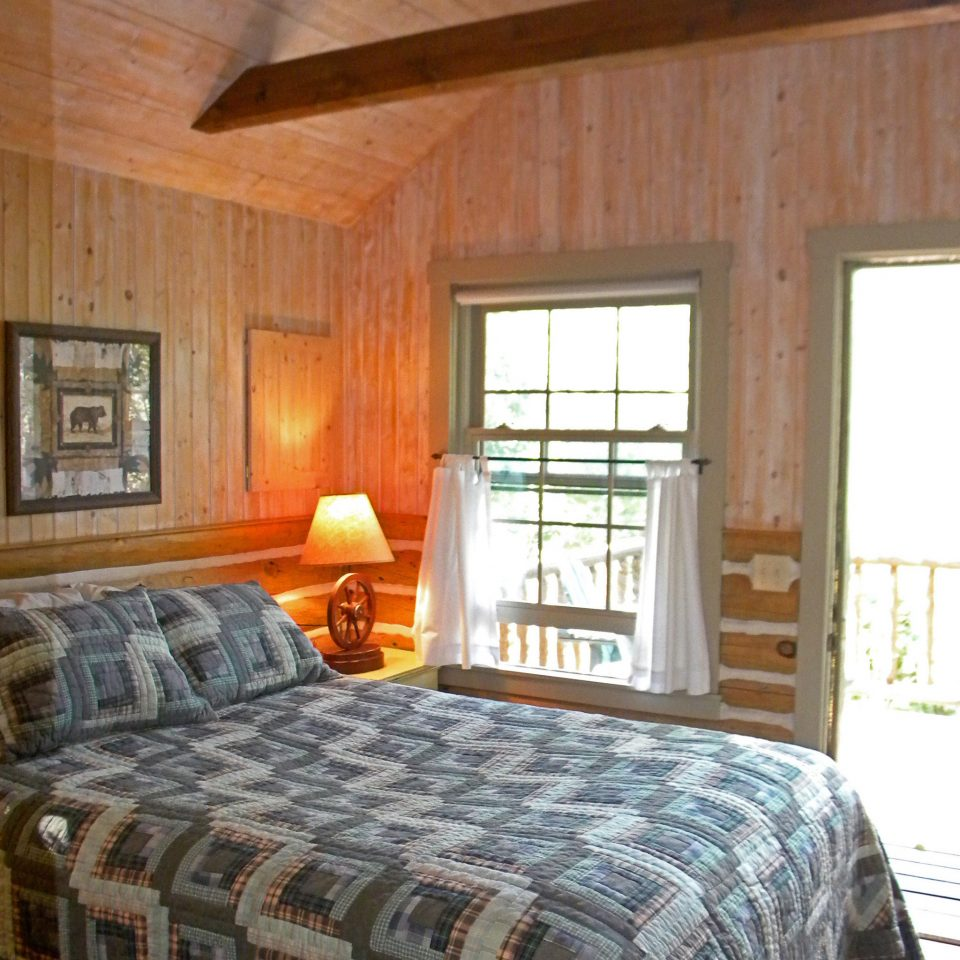 Adventure Bedroom Mountains Natural wonders Nature Outdoor Activities Outdoors Ranch Scenic views sofa property building cottage log cabin farmhouse