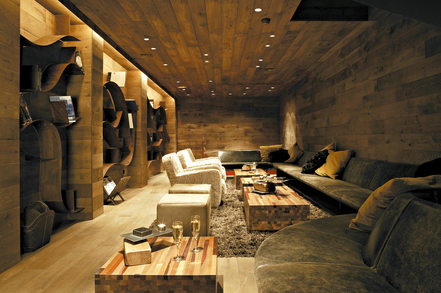 Adventure Dining Drink Eat Lodge Resort Rustic living room Lobby home tourist attraction basement stone