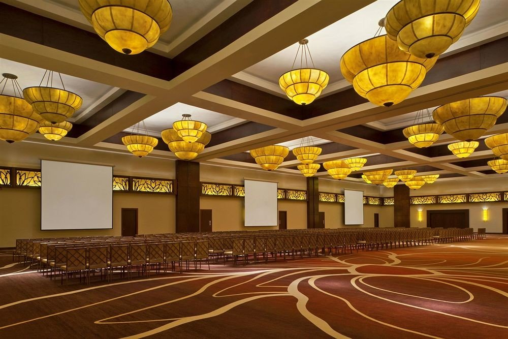 structure sport venue auditorium function hall convention center aircraft ballroom stadium