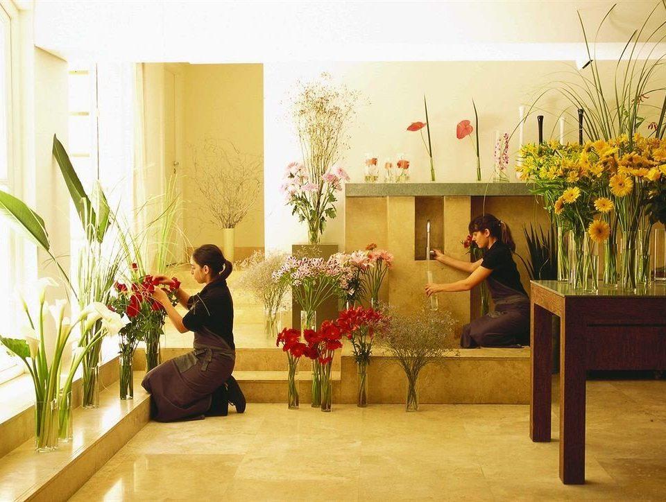 plant flower flower arranging floristry art ceremony floral design modern art aisle dining table