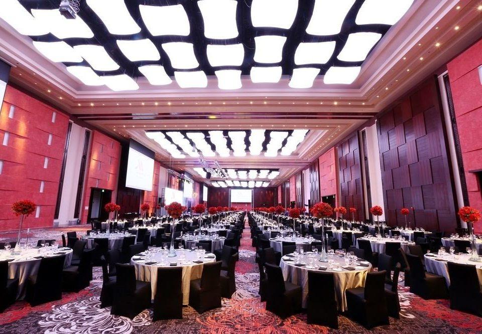 function hall auditorium ballroom convention center banquet aisle
