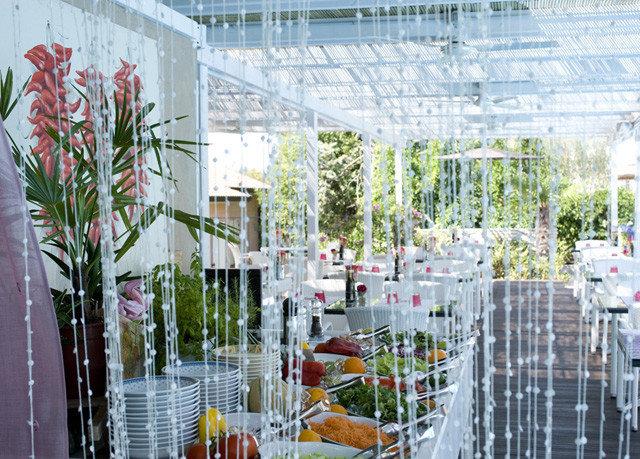 aisle floristry building flower arranging flower floral design retail