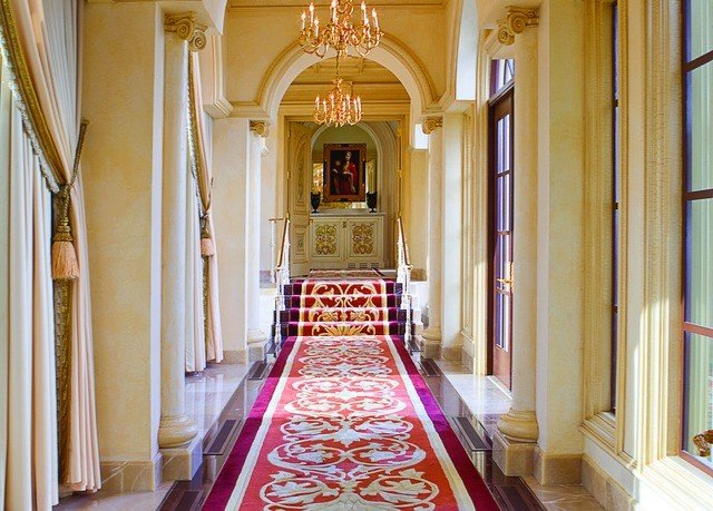 mansion home aisle hall