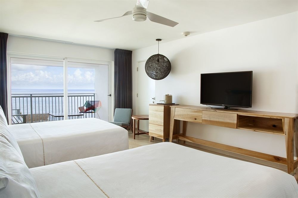 All-inclusive Balcony Beachfront Bedroom Modern Waterfront property cottage home living room Villa Suite flat