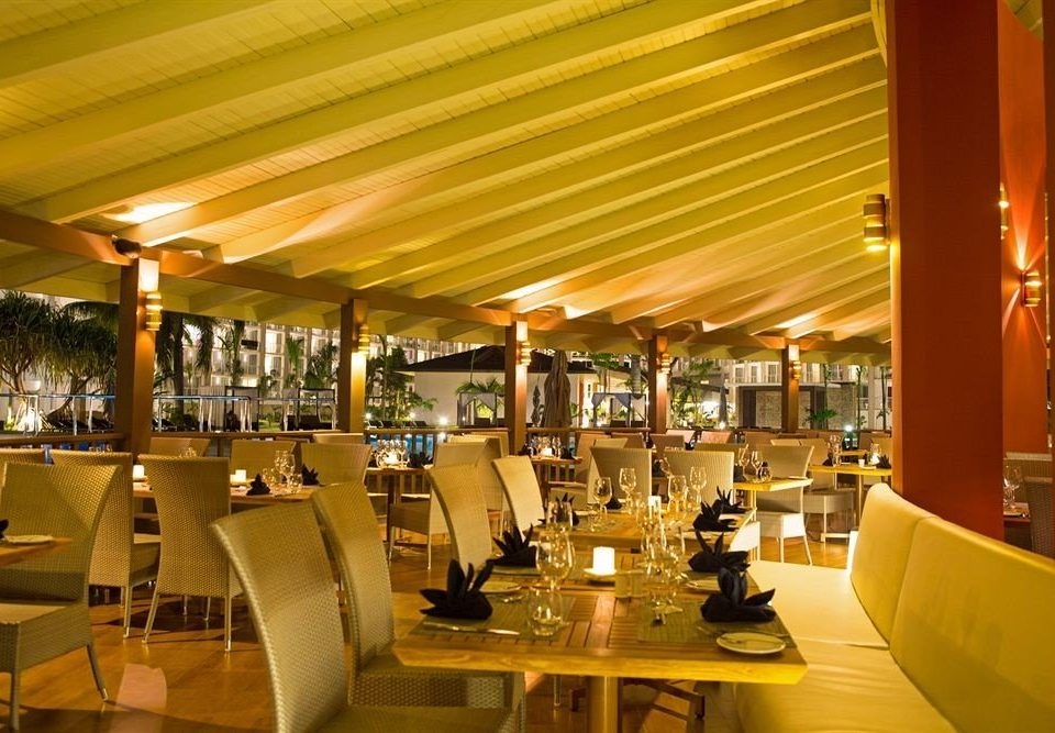 All-inclusive Beach Dining Eat Resort Sea restaurant function hall café Bar food court convention center cafeteria