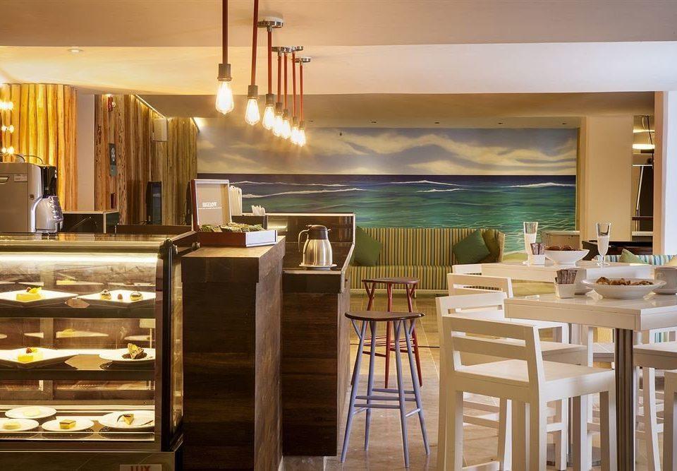 All-inclusive Beachfront Dining Drink Eat Modern Waterfront restaurant property Bar Kitchen