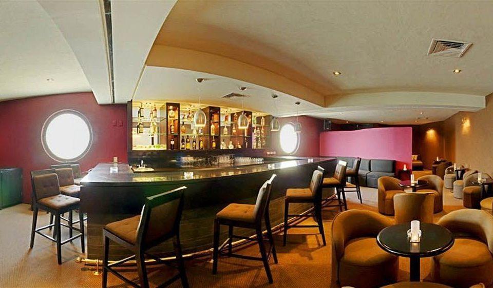All-inclusive Bar Beachfront Drink Modern Waterfront chair restaurant function hall café Lobby