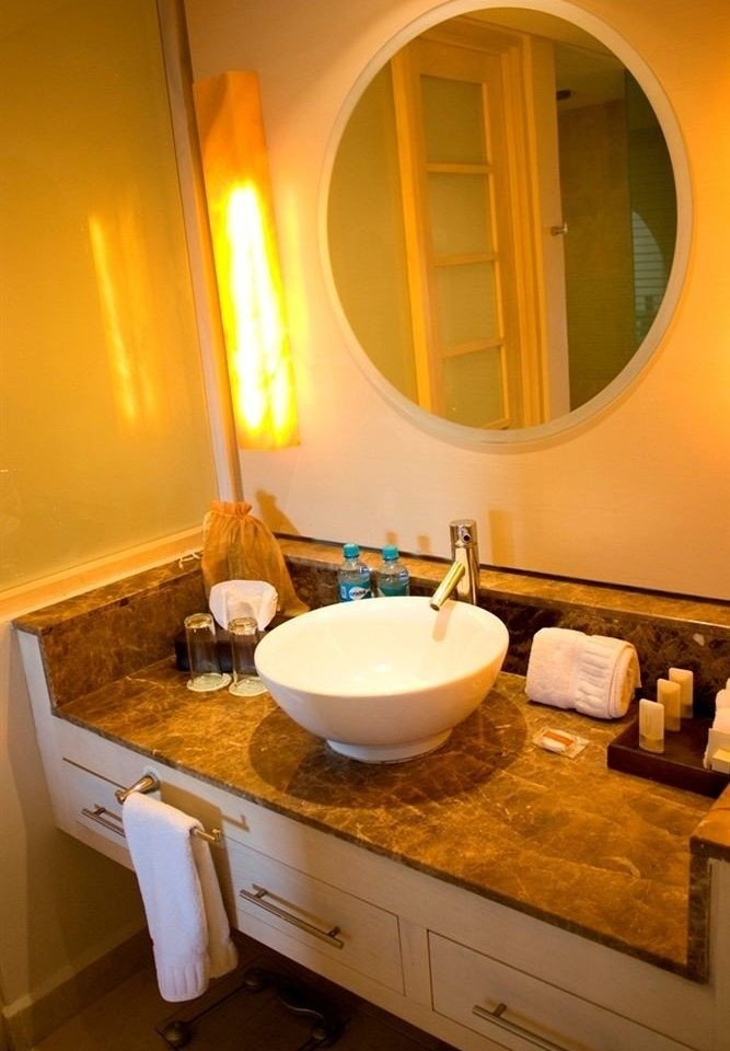 All-inclusive Bath Beachfront Modern Waterfront bathroom sink property home Suite cottage tile
