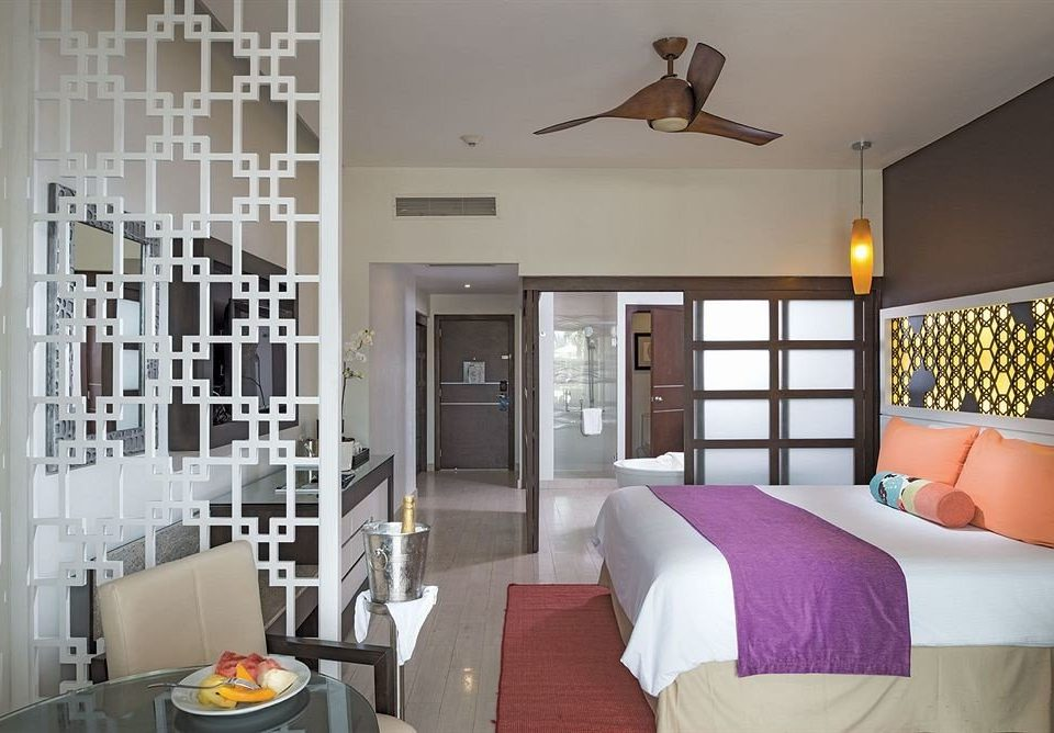 All-inclusive Beach Bedroom Resort Sea property living room home cottage