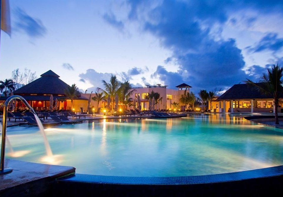 All-inclusive Beach Pool Resort Sea sky water scene swimming pool leisure house resort town Harbor blue docked empty