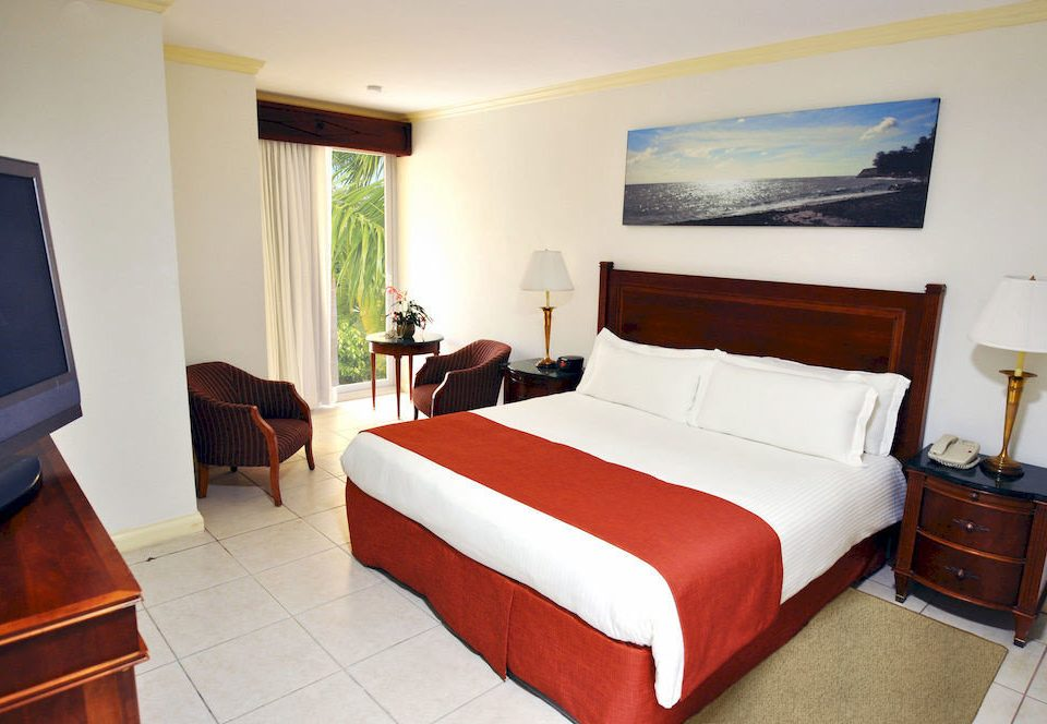 All-inclusive Beachfront Bedroom Resort Tropical property Suite red cottage Villa