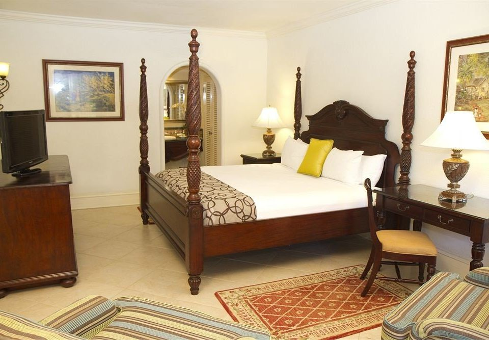 All-inclusive Beachfront Bedroom Tropical property living room Suite hardwood cottage home Villa mansion