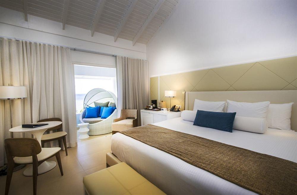 All-inclusive Beachfront Bedroom Tropical property Suite condominium