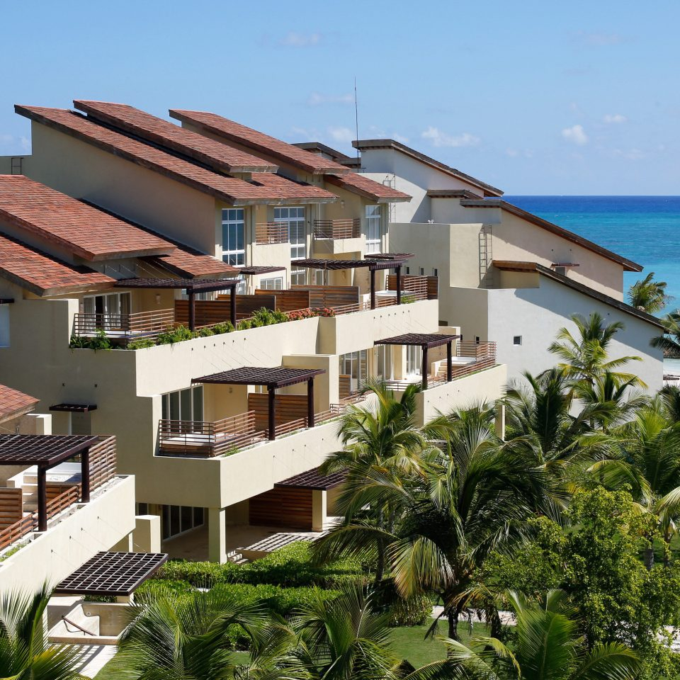 All-inclusive Beachfront Buildings Grounds Resort sky building house property condominium residential area home neighbourhood Villa lawn Village Island