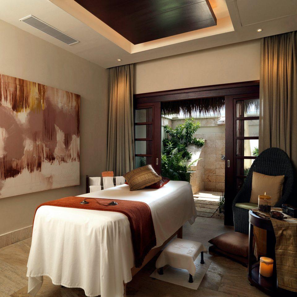 All-inclusive Boutique Luxury Resort Romantic Spa Wellness property living room Suite home condominium Villa Bedroom