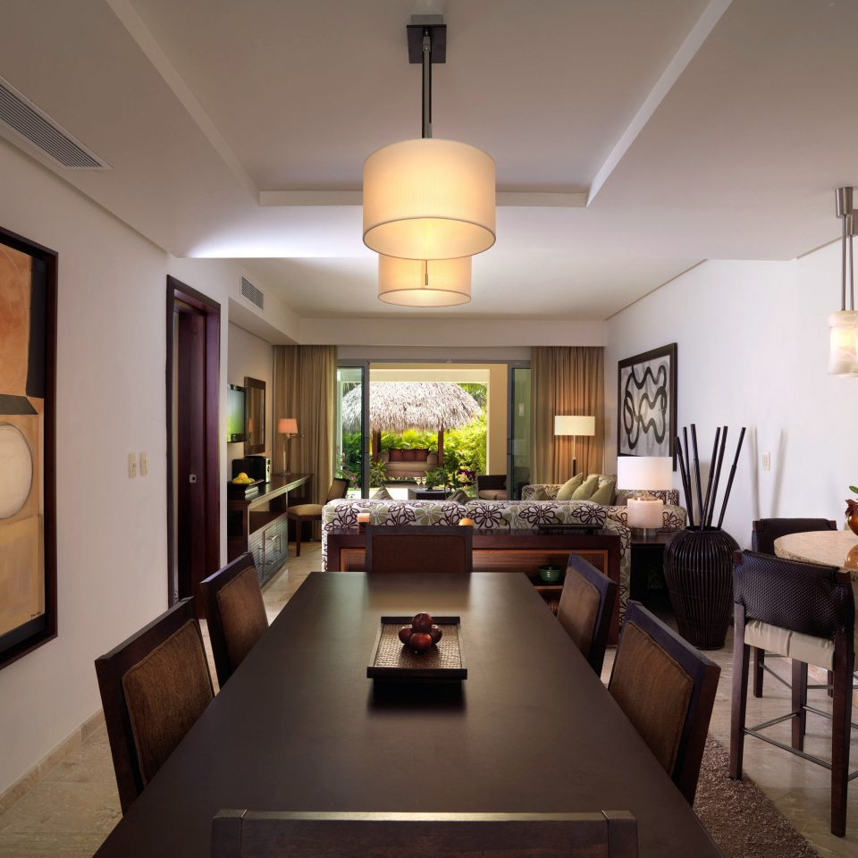 All-inclusive Boutique Family Luxury Resort Romantic property home living room Kitchen hardwood lighting cottage mansion