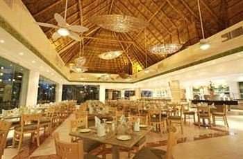 All-inclusive Dining Drink Eat Modern Waterfront function hall restaurant convention center Resort ballroom