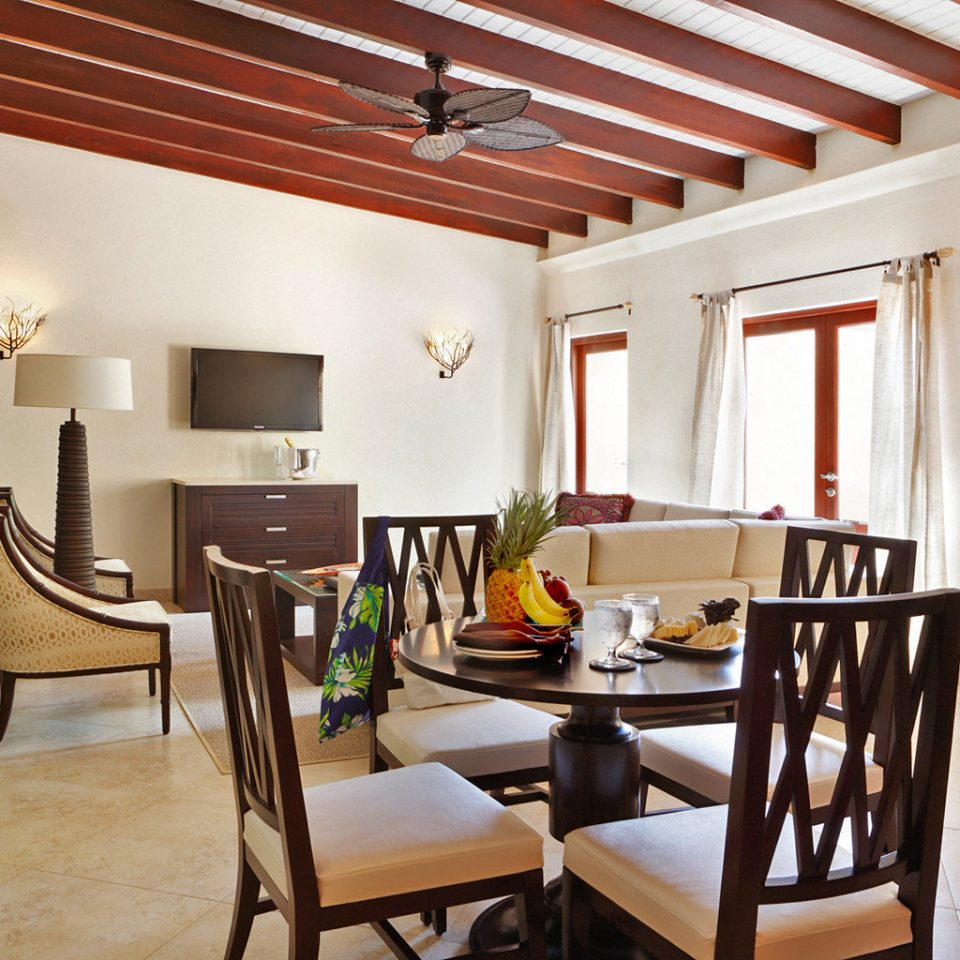 All-inclusive Family Kitchen Resort Tropical property Dining living room home hardwood Villa Suite cottage