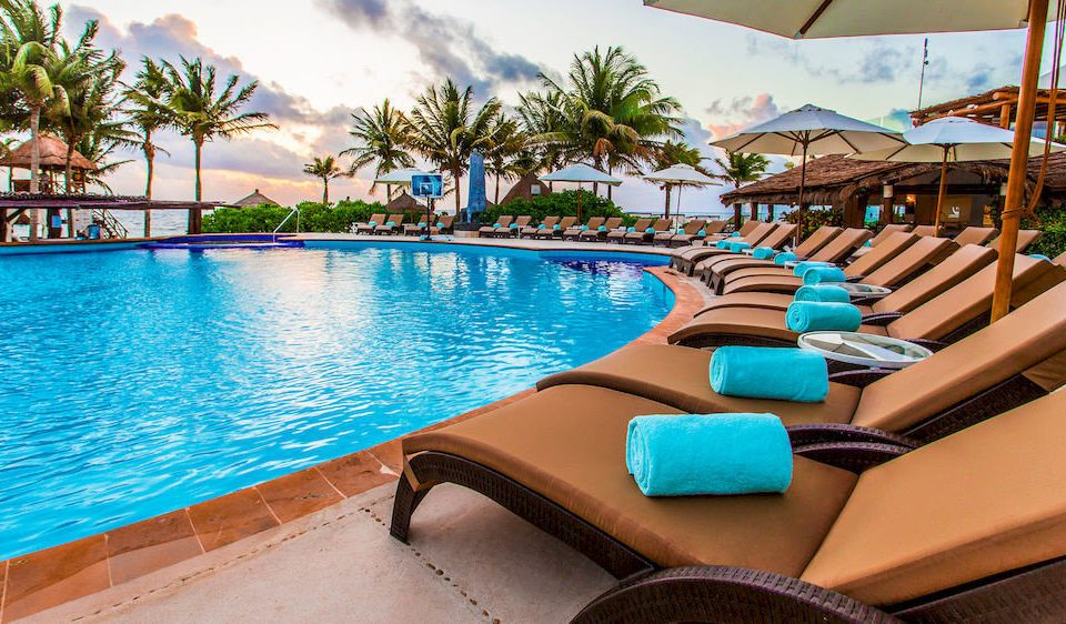All-inclusive Hot tub/Jacuzzi Luxury Pool Resort Tropical water umbrella chair leisure swimming pool property Villa caribbean condominium backyard blue swimming