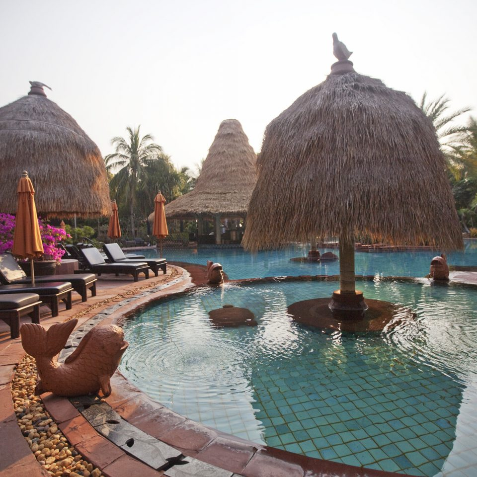 All-inclusive Lounge Pool Resort Waterfront sky water building swimming pool hacienda Villa surrounded