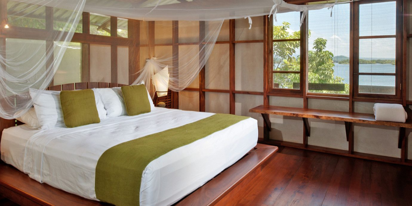 All-inclusive All-Inclusive Resorts Bedroom Eco Family Travel Honeymoon Hotels Resort Romance Romantic Trip Ideas property cottage Villa bed sheet Suite