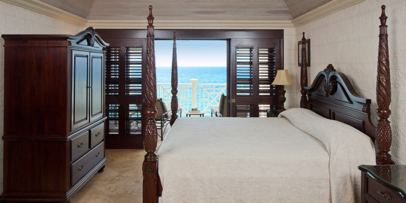 All-Inclusive Resorts Beachfront Bedroom Classic Hotels Resort Scenic views Suite property home house hardwood cottage living room farmhouse