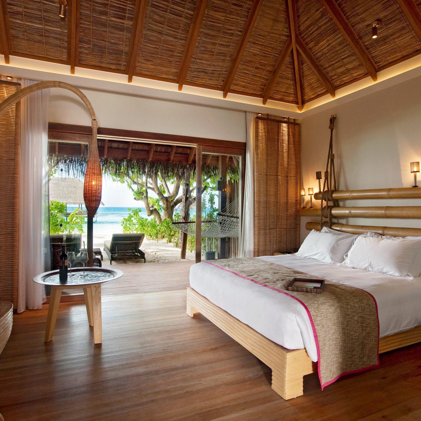 All-Inclusive Resorts Beachfront Bedroom Hotels Island Luxury Romance Romantic property Resort Villa home Suite hardwood cottage living room farmhouse mansion