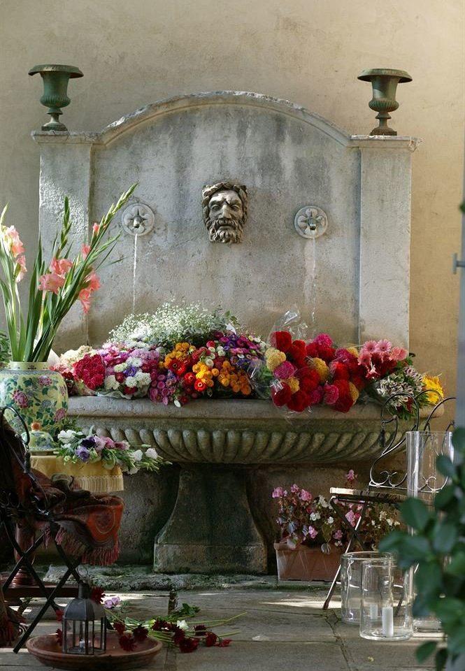 flower flower arranging floristry altar floral design plant