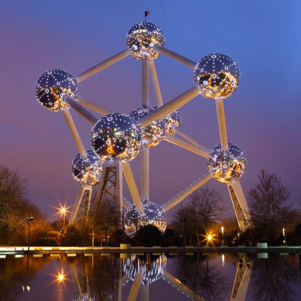 sky amusement park ferris wheel night park amusement ride outdoor recreation recreation tourist attraction