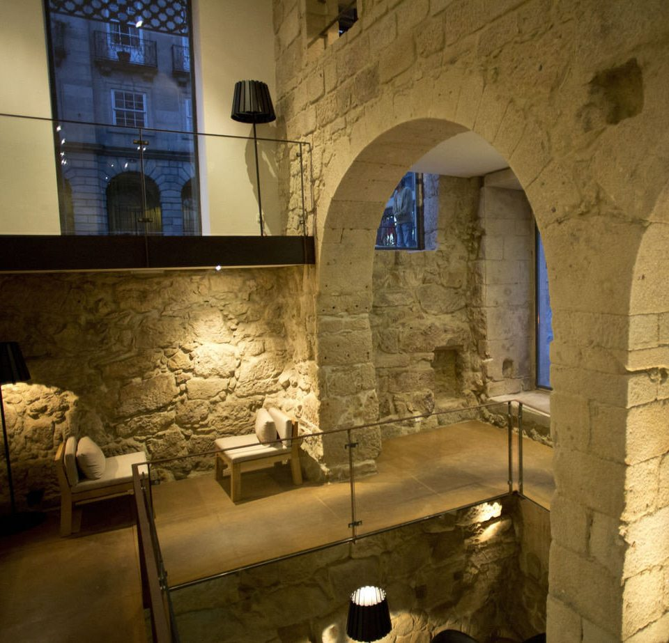 building ancient history crypt arch stone colonnade