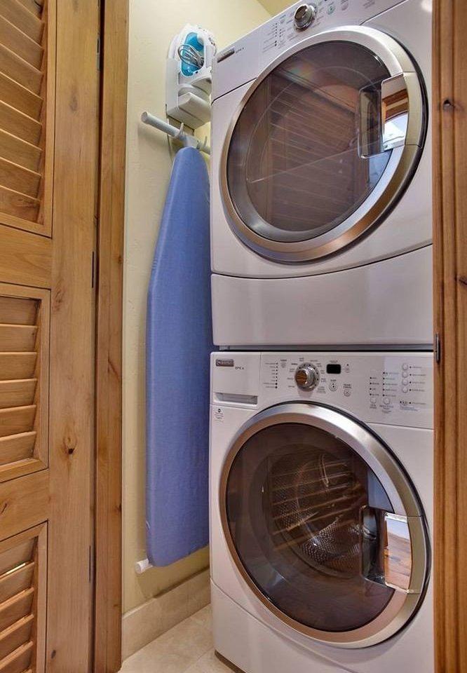 appliance man made object laundry clothes dryer washing machine laundry room white goods major appliance