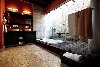 property hardwood cottage living room appliance