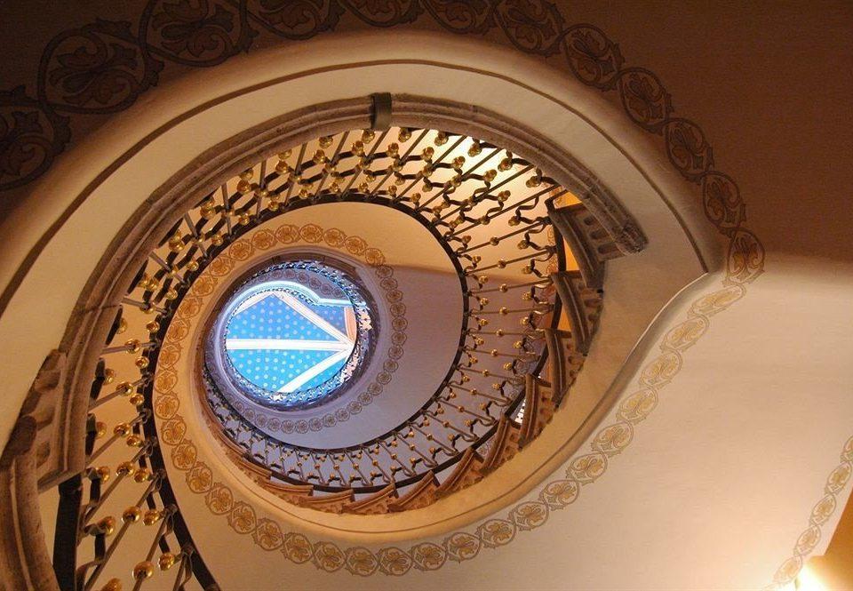 spiral circle arch symmetry