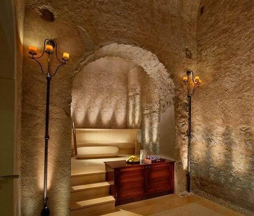 lighting arch crypt plaster stone