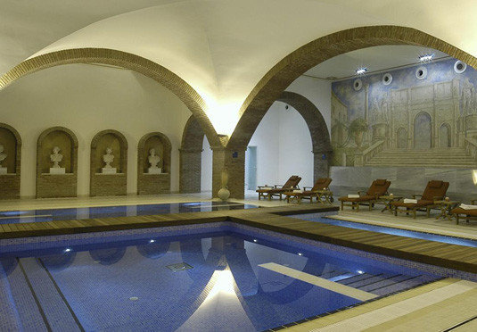 property building swimming pool Architecture thermae arch mansion palace tourist attraction