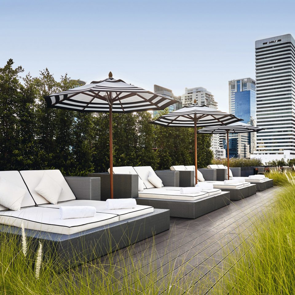 sky grass house Architecture home residential area backyard outdoor structure swimming pool