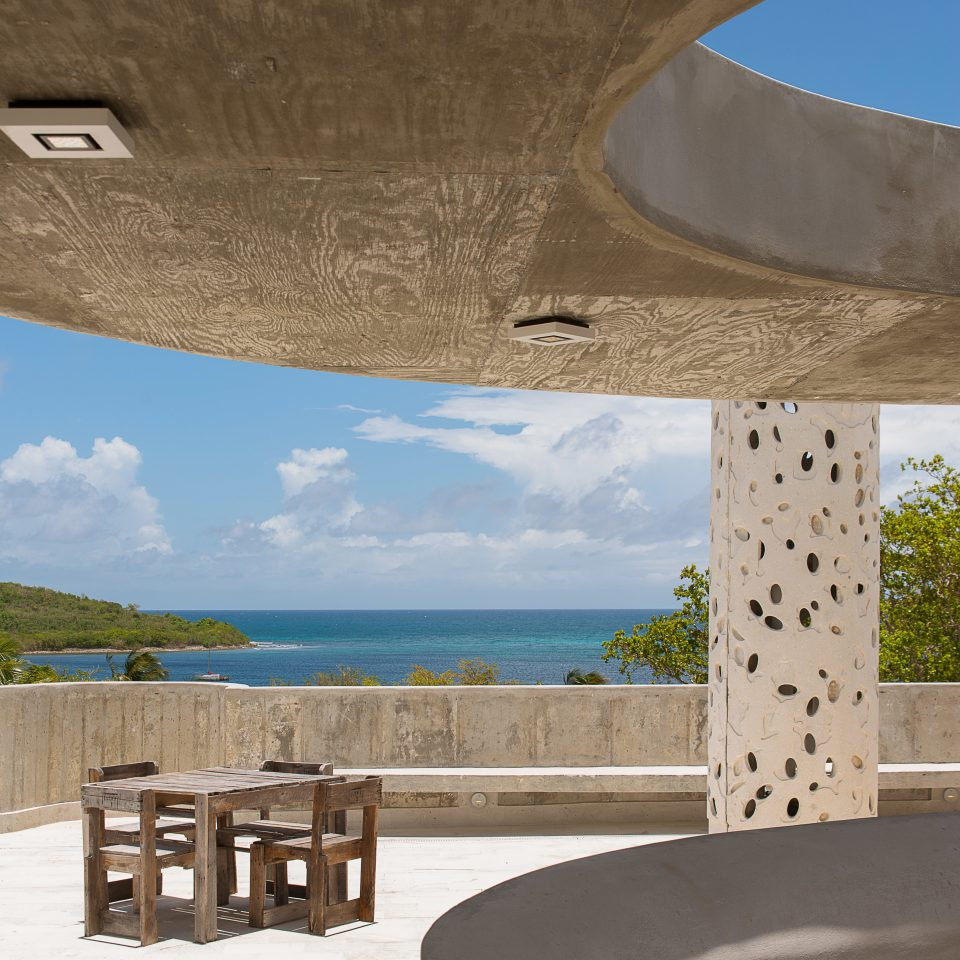 Balcony Beach Beachfront Boutique Hip Modern water Architecture house swimming pool