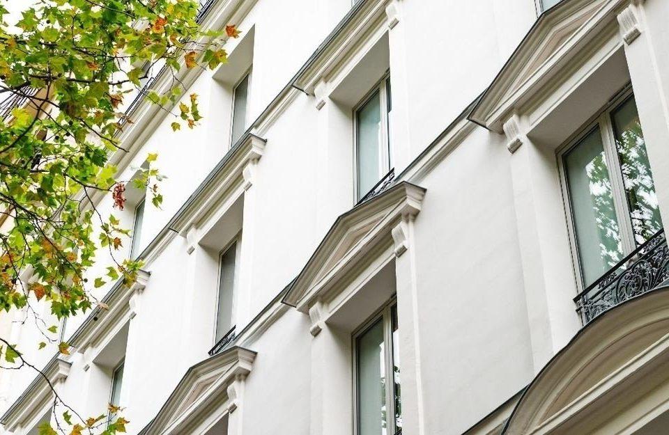 building Balcony property neighbourhood house Architecture residential area home condominium