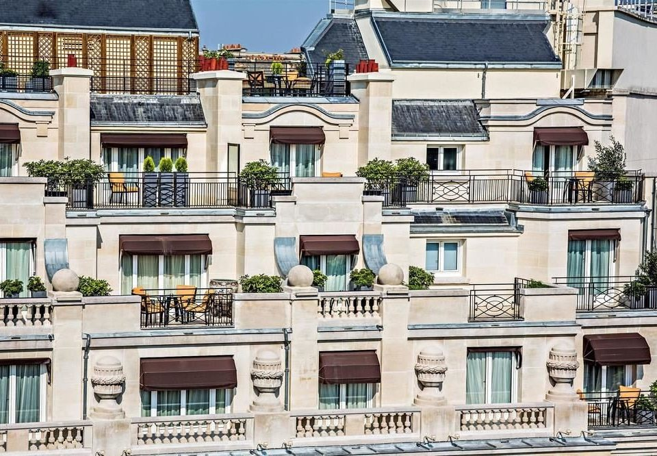 building condominium property neighbourhood residential area house Town City Architecture Balcony home Downtown palace mansion plaza tower block suburb roof apartment building