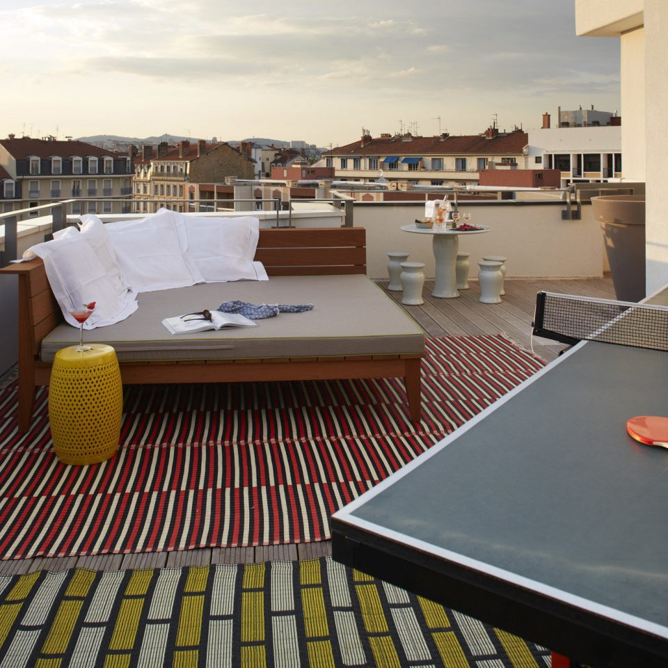 property Architecture roof flooring penthouse apartment condominium Balcony