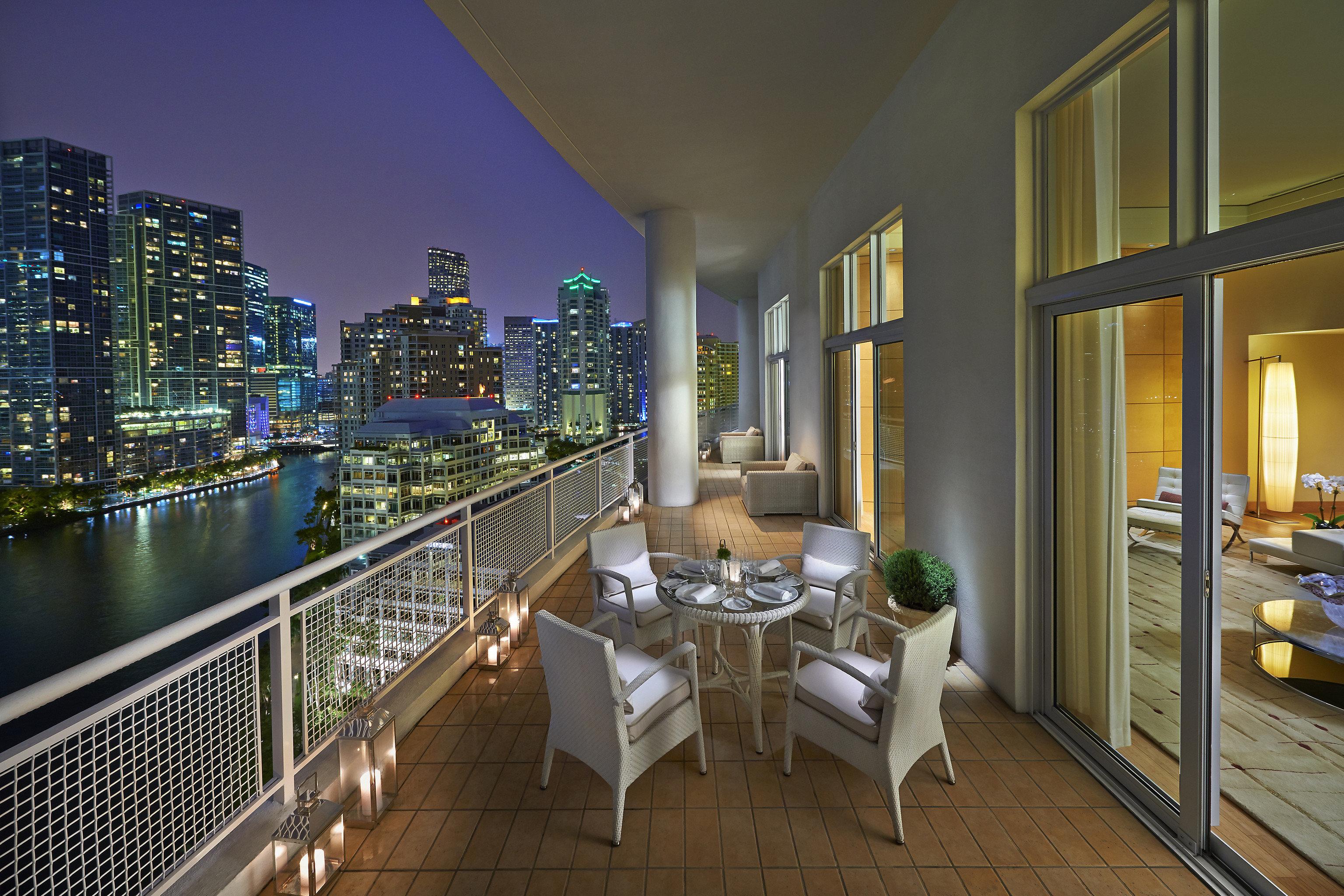 property Balcony home condominium Architecture penthouse apartment
